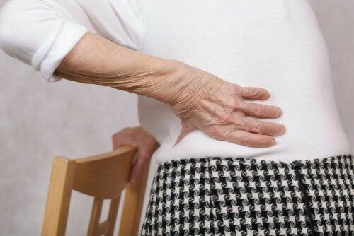 Freu mit Rückenschmerzen