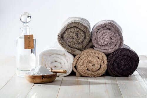 Handtücher sollten trocken gelagert werden