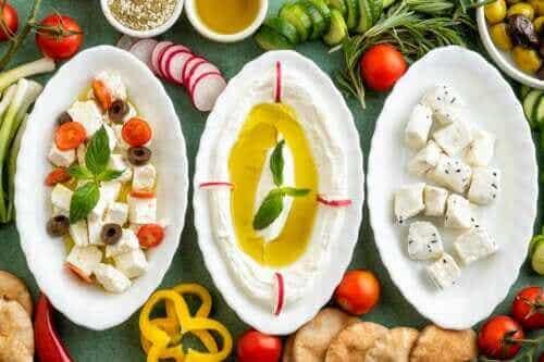 Labneh: Leckeres Rezept für hausgemachten Frischkäse aus Joghurt
