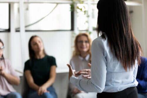 5 vertrauensbildende Übungen für Kinder, Teenager und Erwachsene