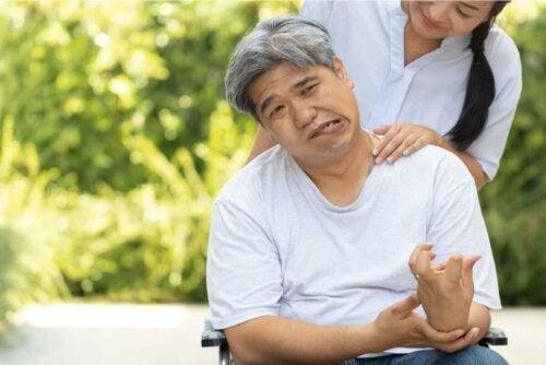 intrazerebrale Blutung - Mann nach einem Schlaganfall