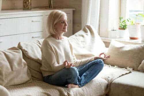 Erfolgreich meditieren: 9 hilfreiche Tipps