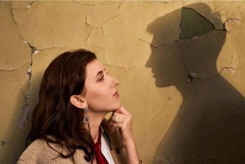Die Besessenheit vom Ex ist bis zu einem gewissen Grad zu erwarten