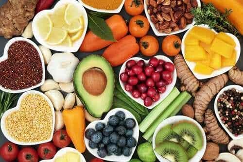 Eine gesunde, umfassende Ernährung beugt Mangelerscheinung vor