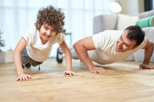 Muskelstärkende Übungen für Kinder: Alles Wissenswerte