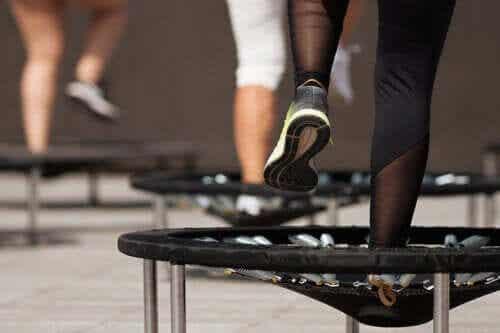 Jumping Fitness - ein Workout auf dem Trampolin