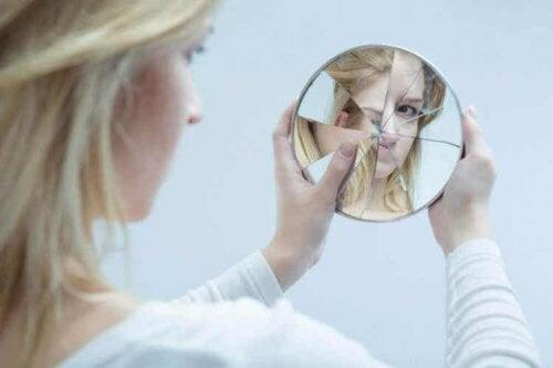 Das Selbstkonzept kann positiv oder negativ sein