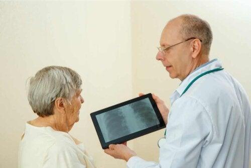 Frauen leiden häufiger an chronischen Krankheiten als Männer