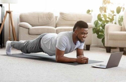 Aufwärmübungen sind wichtig, um Verletzungen zu vermeiden