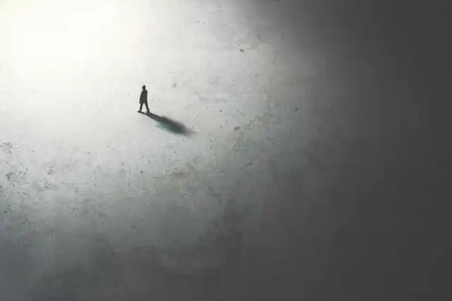 Nach dem Entlieben ist man alleine.