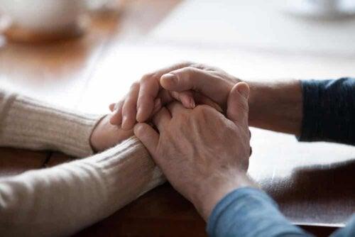Die Unterstützung durch andere ist für Menschen mit Abulie von großer Bedeutung