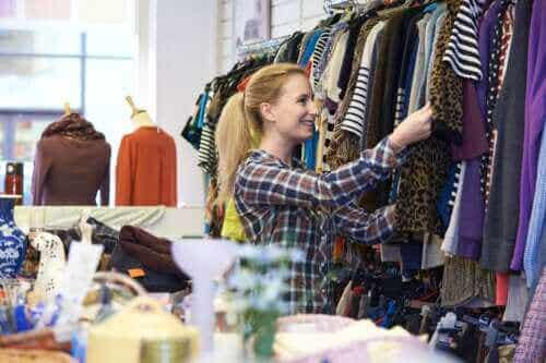 Gebrauchte Kleidung kaufen: Tipps und Tricks zum Second-Hand-Shopping