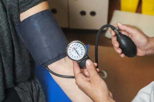 Arterielle Hypertonie: Die körperlichen Auswirkungen von Bluthochdruck