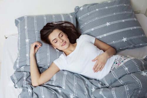 REM-Schlaf: Charakteristische Merkmale