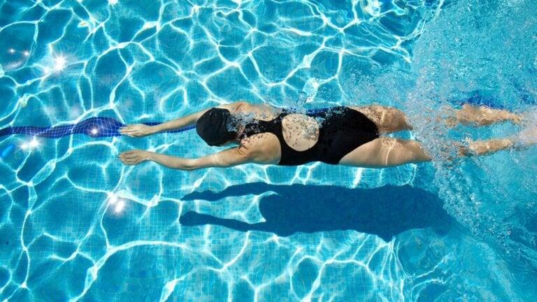 Schwimmen: Diese gesundheitlichen Vorteile bietet es!